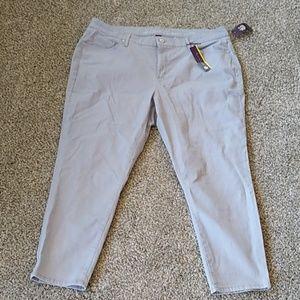 Gloria Vanderbilt Jessa grey jeans, 20w new